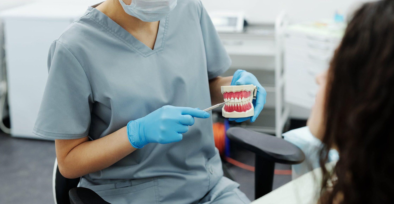 gnissla tänder